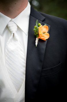 Wedding, Flowers, Orange, Black, Emma freeman photography