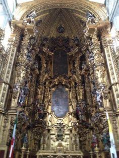 Altar de la Catedral Metropolitana de la ciudad de México.