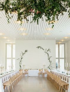 Pretty White And Green Wedding Themed Ideas For Your Special Day 32