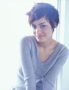 Shannyn - Shannyn Sossamon Photo (244538) - Fanpop fanclubs I wish I could pull this off ahh
