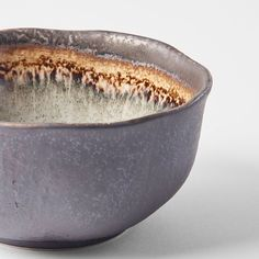 We have 4 new Akane items on the way from Japan right now and will reach our warehouse in first middle of October - this irregular medium bowl is one of them 💛 Will you order it? #mijeurope #madeinjapaneurope #madeinjapantableware #chefsroll #chefstalk #chefsplateform #beautifulcuisines #style #design #japan #picoftheday #bowl #buddhabowl #breakfastbowl #bowlofoats Japanese Nature, Ramen Bowl, Buddha Bowl, Breakfast Bowls, Europe, Grey, Warehouse, Microwave, Dishwasher