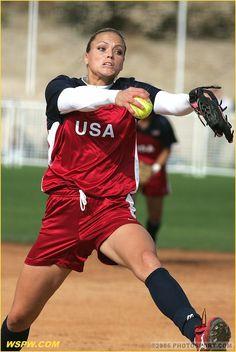 Jennie Finch :) my idol! Throw Like A Girl, Girls Be Like, Sports Shoes For Girls, Sports Women, Girls Softball, Softball Quotes, Softball Stuff, Jennie Finch, Softball Pitcher