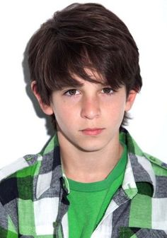 Picture of Zachary Gordon Allu Arjun Hairstyle, Zachary Gordon, Dj Movie, Devon Bostick, Young Boys Fashion, Prabhas Pics, Photos, Young Cute Boys, Blonde Boys