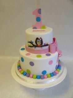 2 tier Owl themed cake for Ellie