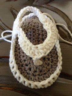 Annoo's Crochet World: Baby Flip Flops Free Pattern