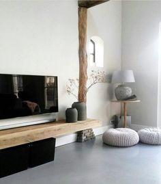 TV Wall with Natural Wood Floating Shelf  #floatingshelf #tvwall #livingroomdesign #familyroomdecor #reclaimedwoodshelf #naturalwoodfloatingshelf