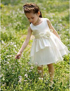 花とラインバトー膝丈サテンチュチュドレス/フラワーガールのドレス – JPY ¥ 4,569