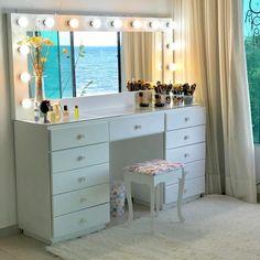 lovely vanity mirror decor ideas with lighting 22 Home Room Design, Room Ideas Bedroom, Room Design, Beauty Room Vanity, Bedroom Makeover, Vanity Room, Dorm Room Designs, Pinterest Room Decor, Dream Rooms