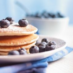Stay for Breakfast! We'll make your getaway extra enjoyable by including a hearty meal with your accommodations at a low rate with this special offer: No Carb Breakfast, High Protein Breakfast, Pancake Breakfast, Queijo Light, Healthy Desayunos, Better Batter, Banana Madura, Sweet Potato Pancakes, Kodiak Cakes