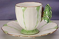 Aynsley Tulip demi c w/Butterfly handle 2