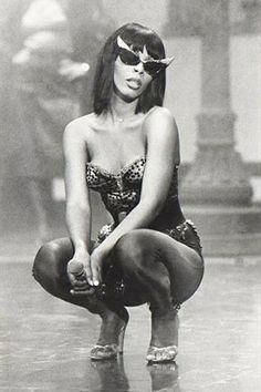 One of the HOTTEST divas of the golden DISCO era. you were my kinda woman. Divas, Dance Music, Black Is Beautiful, Beautiful People, Rock And Roll, Musica Disco, Vintage Black Glamour, Foto Art, Music Icon