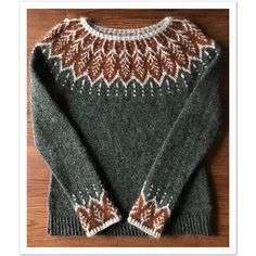 Fair Isle Knitting Patterns, Knitting Designs, Knit Patterns, Nordic Pullover, Nordic Sweater, Punto Fair Isle, Icelandic Sweaters, Jumpers For Women, Pulls