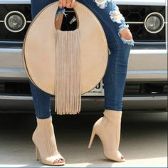 Cut Out Open Toe Ankle Heels Save an exclusive on these super hot and trendy stretchy knit cut out open toe heels with discount coupon gift code Suede Handbags, Purses And Handbags, Ankle Heels, Hot High Heels, Diy Bags, Hot Shoes, Fashion Bags, Saddle Bags, Open Toe