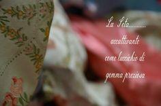 La seta un tessuto ricco si storia e tradizione http://passioniandcuriosita.blogspot.it/2014/11/curiosandoin-san-leucio.html