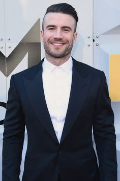 Take Your Time and Bask in All of Sam Hunt's Hotness at the ACM Awards