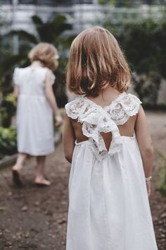 Brand new the first wedding dresses by upcoming bridal designer Moons Varsovie featuring bridal separates and bridesmaid's dresses too. Little Girl Fashion, Toddler Fashion, Kids Fashion, Beautiful Bridesmaid Dresses, Wedding Dresses, Kids Nightwear, Girls Dresses, Flower Girl Dresses, Flower Girls
