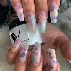 Nails flowers 30 Best Gel Nail Designs to Copy in 2019 30 Best Gel Nail Designs to Copy in 2019 Summer Acrylic Nails, Best Acrylic Nails, Acrylic Nail Designs, Summer Nails, Nail Art Designs, Fruit Nail Designs, Spring Nails, Polygel Nails, Coffin Nails