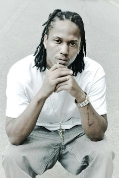 "Lil Wayne may be down, but he is never out. Wayne returns with his new artist Charlotte, North Carolina's own Banknote Mitch. Wayne will be releasing Banknote's 5th release since parting ways with G-Unit entitled ""12 Sign"" dropping August 30th on datpiff.com. Some may think Mitch rose from the underground scene overnight."