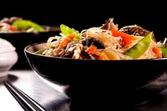 Vegetable Chow Mein is a traditional meal for the Chinese, which claims to be one of the most popular dishes found in the country. The name Chow Mein is etymologically derived from the word chāu-mèing meaning fried noodles. Delicious Dinner Recipes, Lunch Recipes, Healthy Gluten Free Recipes, Vegetarian Recipes, Asian Recipes, Ethnic Recipes, Chow Mein, All Vegetables, Easy Weeknight Dinners