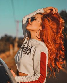 In 2013 I dyed my red hair for the first time I had … – Photography World Portrait Photography Poses, Photography Poses Women, Tumblr Photography, Weegee Photography, Teenage Girl Photography, Hair Photography, Photography Gifts, Photography Lighting, Modern Photography
