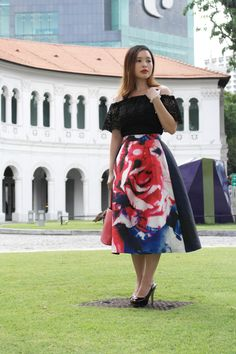 A Statement Rose Midi Skirt. More picts @ PrudencePetiteStyle.com