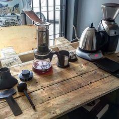 How's your set up? |  TAG your coffee friend! |  Shop NOW  @originalaeropress Link in Bio  by @terryscoffeegdl by originalaeropress