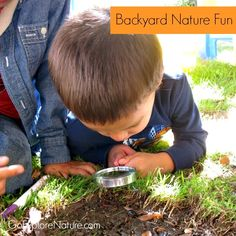 Exploring nature with kids doesn't have to mean hitting the trail, heading to the mountains or going camping. Connecting with nature is as easy as heading out the back door. Here are tons of ideas to get the kids outside. Backyard Play Spaces, Backyard Playground, Fun Backyard, Playground Ideas, Outdoor Learning, Outdoor Play, Outdoor Education, Outdoor Life, Fun Learning