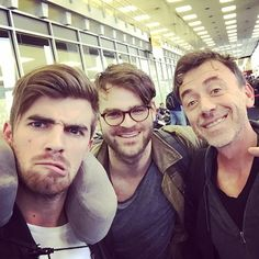 #BennyBenassi Benny Benassi: LET ME TAKE A SELFIE Can you guys help me pick a filter? LOL good to meet you guys @thechainsmokers #Danceaholictour #bbcrew