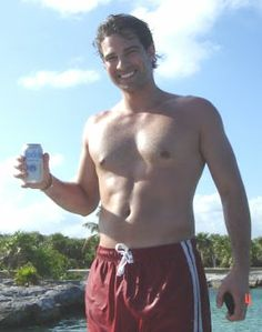 For my wife: Scott McGillivray shirtless