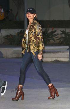11 Looks by Zendaya Por Aí - Fashionismo - 11 Zendaya Looks Por Aí - Zendaya Outfits, Celebrity Outfits, Celebrity Look, Zendaya Fashion, Fashion Outfits, Zendaya Coleman, Trend Fashion, Look Fashion, Moda Zendaya