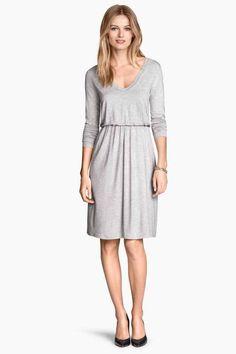 Vestido de punto 24,99 € COLOR: Gris