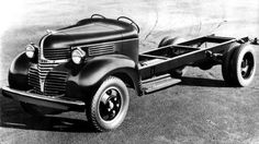 1940 Dodge Cab & Chassis Truck Factory Photo Chrysler Trucks, Dodge Chrysler, Dodge Trucks, Old Trucks, Classic Trucks, Classic Cars, Fargo Truck, Dodge Power Wagon, Old Pickup