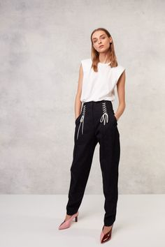Tibi Resort 2018 Fashion Show Collection Be featured in Model Citizen App, Magazine and Blog. www.modelcitizenapp.com