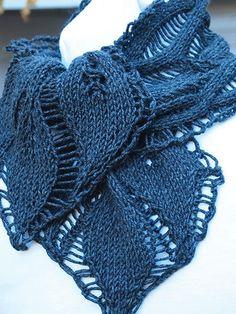 Drop Leaf Scarf Knitting Pattern