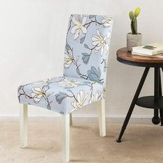 Chair cover Sunny style - Sunailoom Kitchen Table Chairs, Dining Room Chairs, Dining Furniture, Table And Chairs, Reupholster Furniture, Deco Furniture, Furniture Design, Stretch Chair Covers, Spandex Chair Covers