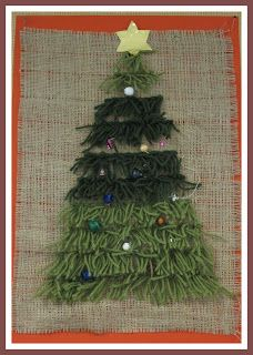 Taitoa ja tekemistä Latch hooked onto burlap? Christmas Cards 2017, Christmas Crafts For Kids, Xmas Crafts, Christmas Time, Christmas Decorations, Holiday, Hobbies And Crafts, Diy And Crafts, Arts And Crafts