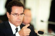 MPF recorre para manter punição de Luiz Estevão por uso de documento falso - http://noticiasembrasilia.com.br/noticias-distrito-federal-cidade-brasilia/2015/06/22/mpf-recorre-para-manter-punicao-de-luiz-estevao-por-uso-de-documento-falso/