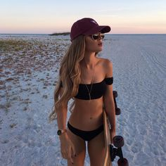67 Summer Bikinis Ideas Beach Outfits and Swimsuits for Women - The Finest Feed Photo Post Bad, Beach Poses, Trendy Swimwear, Outfit Trends, Summer Bikinis, Summer Pictures, Beach Pictures, Hot Pants, Bikini Girls