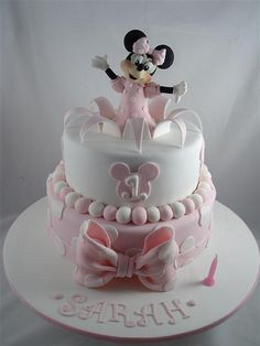 minnie mouse by cake by kim, via Flickr