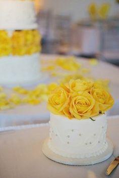 10 best wedding cake decorations images on pinterest wedding cake fresh flower cake topper mightylinksfo
