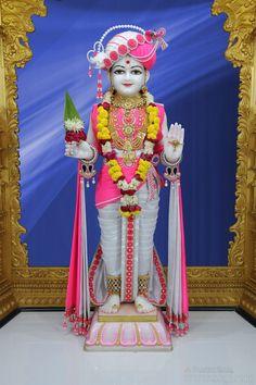21-04-2018   Rupala Shree Ghanshyam Maharaj Singar Darshanm