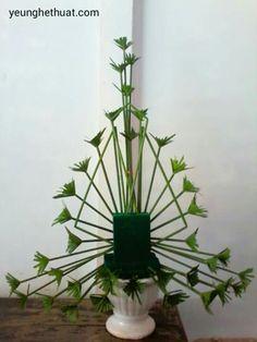 Tropical Floral Arrangements, Unique Flower Arrangements, Ikebana Flower Arrangement, Ikebana Arrangements, Tropical Flowers, Altar Flowers, Church Flowers, Deco Floral, Arte Floral