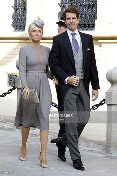 Prince Pavlos of Greece and Princess Marie Chantal of Greece during. Marie Chantal Of Greece, Greek Royalty, British Wedding, Royal Clothing, Royal Dresses, Princesa Diana, October Wedding, Celebrity Outfits, Fashion Over 50