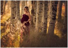 Autumn is my favorite season of the year, the trees are donning their beautiful golds and reds, the air is getting cooler, the holidays are on the way! After a long, hot summer, it is a welcome treat. I had an amazing time this past weekend shooting Lana's maternity pictures outside in the…