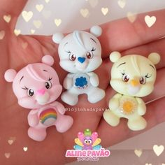 Clay Bear, Pasta Flexible, Care Bears, Fairy Dolls, Clay Charms, Clay Jewelry, Hair Bows, Fondant, Biscuits