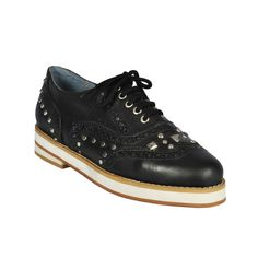 Oxford night negro. Oxford, Sky, Sneakers, Shoes, Fashion, Dressing Rooms, Black People, Women, Tennis Sneakers