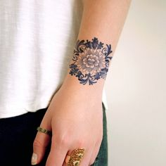 greenorc.com wp-content uploads 2016 08 Floral-Tattoo-Ideas-For-Girls-25.jpg