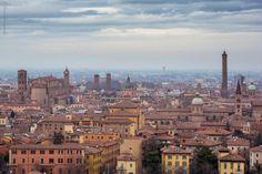 """Bologna, """"uno sguardo sulla citta'..."""", foto di Mauro Sebregondio"""