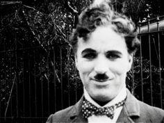 Aproveite para guardar os gifs de Charles Chaplin