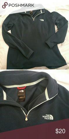 Women's NorthFace fleece Gently worn, still in great shape North Face Tops